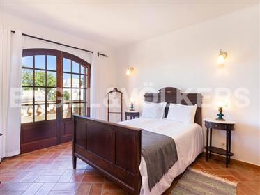 Villa Traditionnelle avec Vue Mer et à pied de la Plage