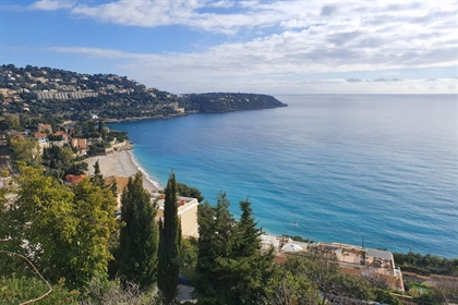 Roquebrune-Cap-Martin / Saint Roman  A few minutes from the Principality of Monaco, we off