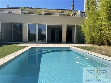 Prestige Apartment with swimming pool, 3 bedrooms