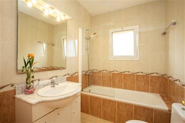 Huis: 152 m²