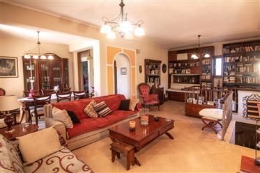 Luxury maisonette for sale in Kanalia