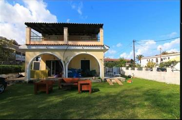 Country, seaside apartment of 109 sq.m in Acharavi