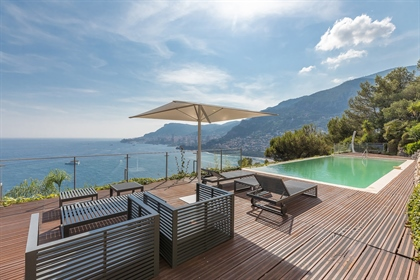 Magnificent property inspired by &quot Corbusier&quot locate...