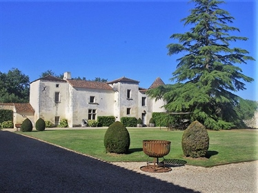 Situated 15 kilometres from the departmental capital of Angouleme with it& 039 s cosmopolitan range