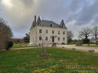 Beautiful 19th Century Chateau, perfectly renovated with no expense spared!   Gated entran