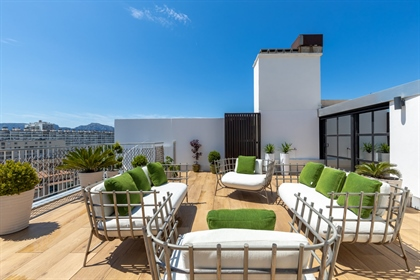 In the heart of the Carre d& 039 Or 8th arrondissement of Marseille, on the top floor of a secure re
