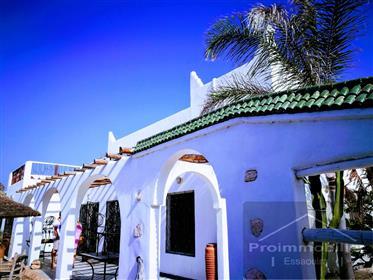 Bela villa de estilo espanhol