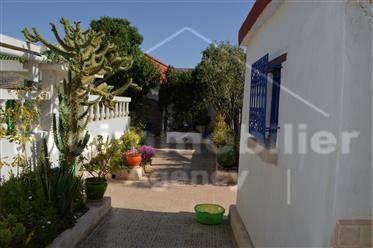 Villa 217 metros quadrados 758m² Jardim