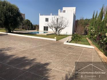 Pretty House 240m2 Jardim 2000m2 sem avna
