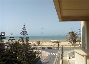 20-03-01-Oloca  Bel appartement avec vue sur mer environ 100 m²