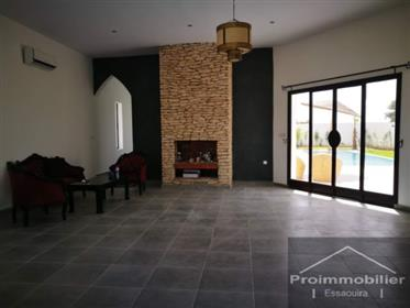 20-07-06-Vv Belle maison contemporaine avec terrasse 213 m² terrain 1560 m²
