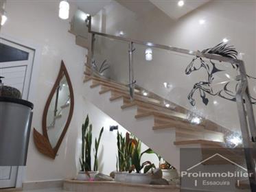20-08-05-Vm Jolie maison avec 182 m² de terrain 91 m²