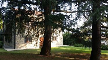 Sarnico - 2 Semi Detached Villas With Private Park and Lake Views - Dreamhomes