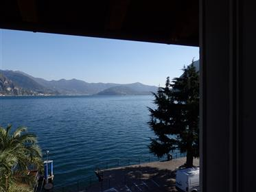 Riva di Solto - Single Town House - Needs Total Refurbishing directly in the Town Center - Lake View