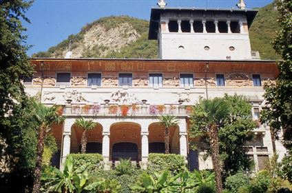 Sarnico - Villa Surre - Elegant and Historic Liberty Villa - Dreamhomes