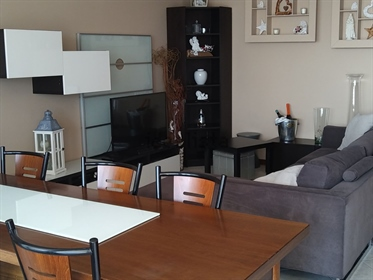 """""""Ottimo e spazioso appartamento situato al terzo piano in un..."""