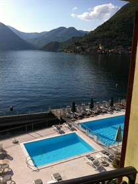 Sulzano - Lake Front Apartment - Ground Floor - Swimming Pool