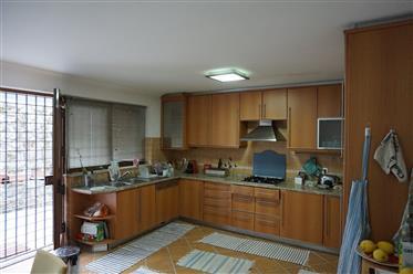 Huis: 244 m²