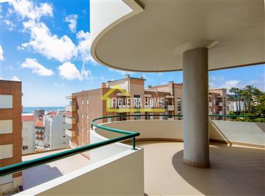 Apartamento T2, com vista mar, no Sotto Mayor
