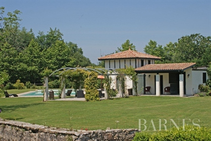 Lovely 19Th Century Property With Pool Near Bayonne On The Adour River,
