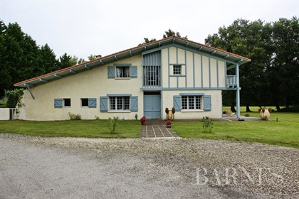 Landes, Beautiful, Large Family Home With Pool
