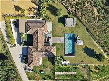 Exceptional 6 bedroom estate at the gates of Saint-Tropez