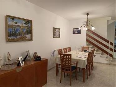 *** Private 5 Rooms Cottage For Sale in Poleg Netanya***