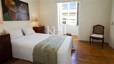 3 quarto charmoso apartamento de século 19 no Chiado