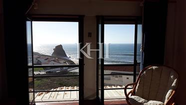 Apartamento à vista do mar à venda em Portugal