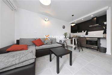 Appartement moderne et joliment meublé à Pašman, île de Pašman