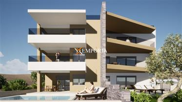 Novi apartman prvi red do mora s krovnom terasom – Vinjerac ...