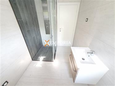 Luxuriöse und moderne Wohnung in einem Neubau in Biograd na Moru
