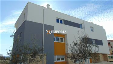 Great offer of apartments! New building in Mocire – Zadar