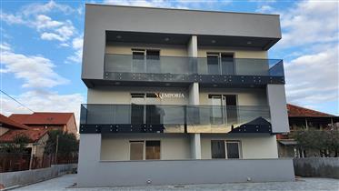 Stan s krovnom terasom u novoizgrađenoj zgradi na Vidikovcu