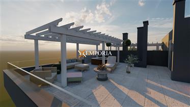 Odličan stan s krovnom terasom i pogledom na more na Boriku