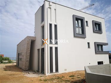 Belle nouvelle maison moderne avec piscine, Privlaka, 206,17 m2