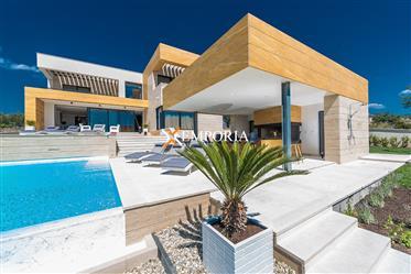 Villa de luxe unique avec piscine et vues fantastiques, Sukošan, Debeljak