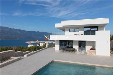 Luksuzna vila s 5 zvjezdica, bazenom i panoramskim pogledom ...