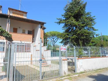 Villetta Residenziale Vicina Al Mare