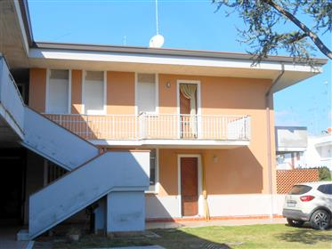 Appartamento con ampi terrazzi