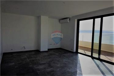 Duplex with sea view and 114m2 of terraces
