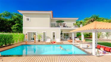 New deluxe 4 bedroom villa with pool - Loulé