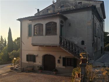 Una Casa con Vista nelle colline Toscane
