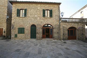 Un palazzo storico nel cuore della Toscana