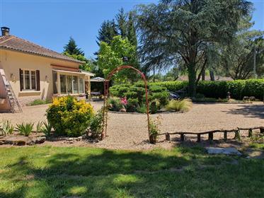 Maison Renovee De 134 m² Avec Jardin Sur 4022 m2- Visite Virtuelle Sur Demande