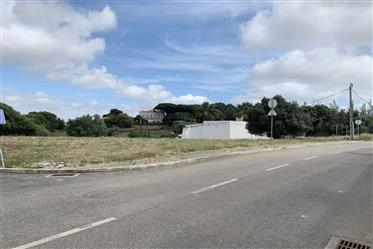 Οικόπεδο στη Μανίκη του Baixo, Cascais