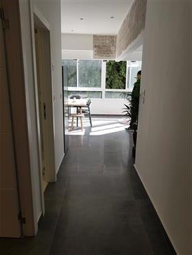 Renovated Dizengoff Charming 3 Rooms