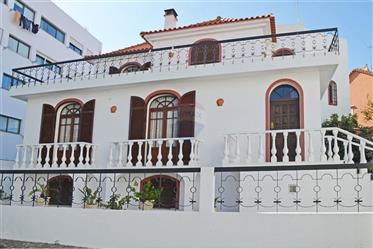 House 4 rooms to sell in Tavira Center