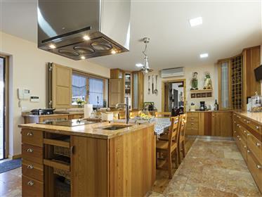 Casa: 851 m²