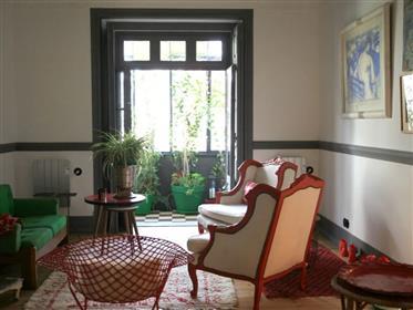 2 + 2 bedroom apartment in Bairro das Colónias, Lisbon
